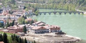 Nyílik a balkáni álomváros