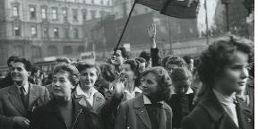 1956 és a nők