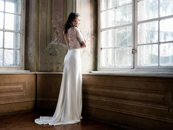 Minden nő vágyának tárgya egy csodálatos menyasszonyi ruha. Két kreatív tervező, Benes Anita és Halász Éva izgalmas kreációi közül válogattunk.