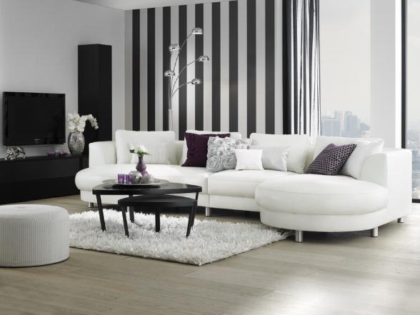 A lakberendezésben lehet minimál vagy barokk a kedvencünk, fekete-fehérben bármelyik kiválóan mutat.
