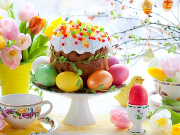 A tojásfestés szokása, a tojások díszítése és dekorációként való felhasználása az egész világon elterjedt.