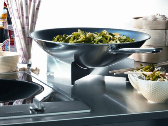 A legkorszerűbb konyhai készülékekkel bárki képes csodás ételeket és italokat varázsolni az asztalra.