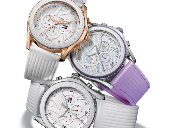 Ha némi elegáns feltűnésre vágyik, válasszon egy részleteiben izgalmas, különleges órát!