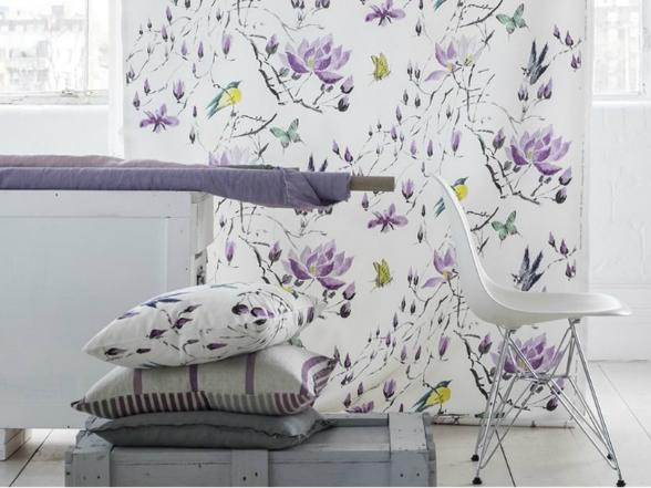A Designers Guild korábbi textil- és tapétakollekcióinak népszerű mintái újjászülettek, vadonatúj színkombinációk formájában.